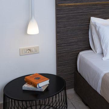 Sunny Bay | Παραθαλάσσιο Ξενοδοχείο  Κίσσαμος, Χανιά